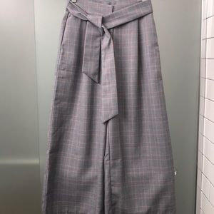 🆕 On Trend Plaid Greylin Wide Leg Cropped Pants